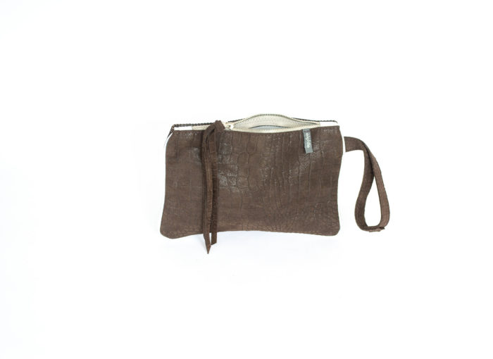 Chocolate leather bag with strap