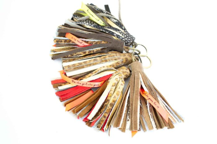 Fringe leather keychains made in genuine leather.