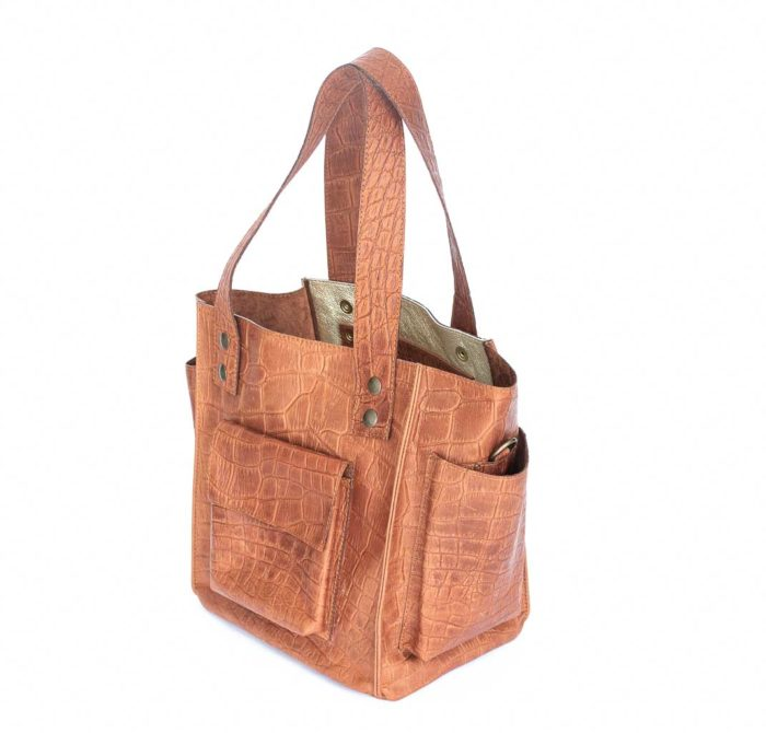 Image of the camel brown leather tote bag designed by elphile.