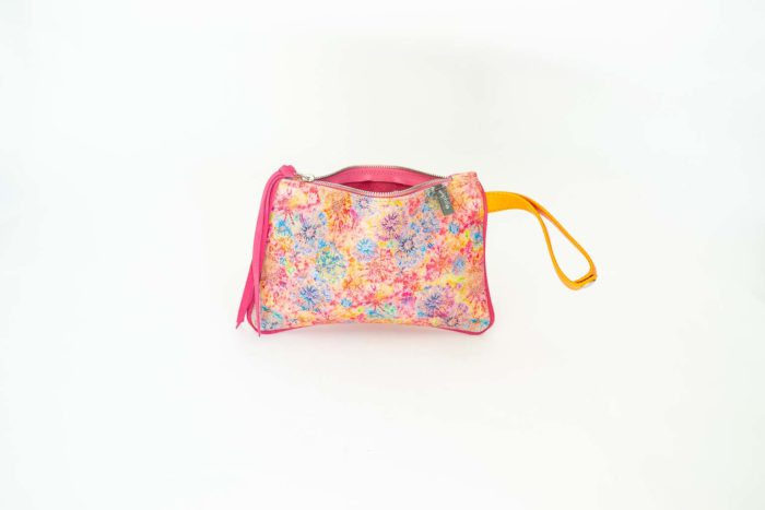 Picture of the front of the flowers leather printed coin pouch with orange wristlet..